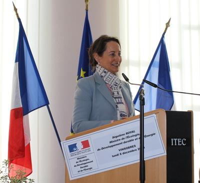 Ségolène Royale invite les 44 communes frondeuses à s'associer à la démarche sans attendre 12 ans.